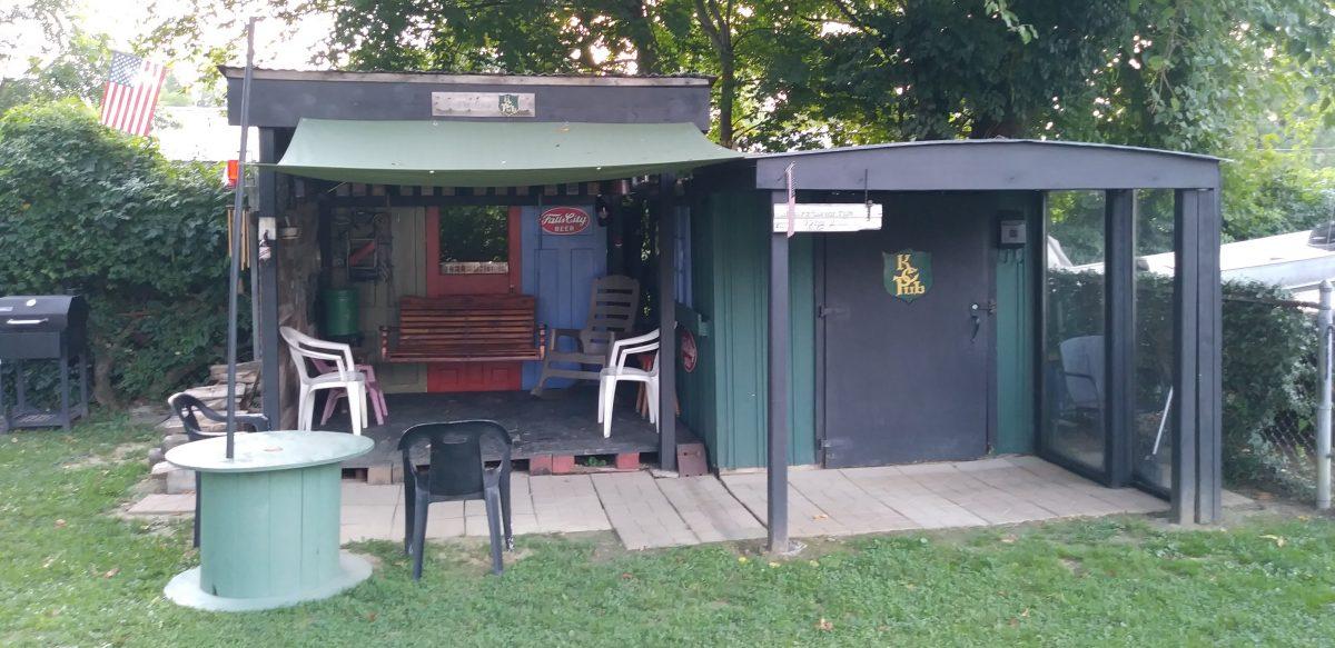 Kelty's Corner Pub